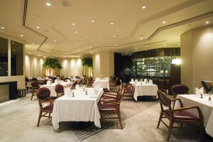 fine-dining-restaurant-720